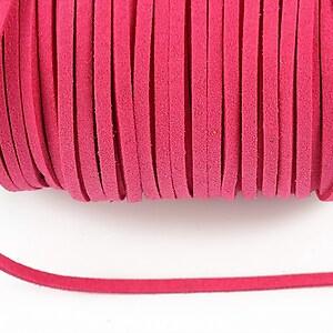 Snur suede (imitatie piele intoarsa) 3x1mm, roz bonbon (1m)