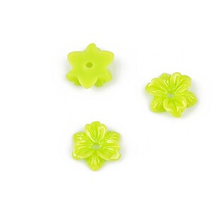 Cabochon rasina floare 10mm - verde deschis