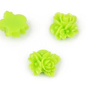 Cabochon rasina buchet de flori 16x15mm - verde deschis