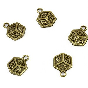Charm bronz cub ABC 14x10mm