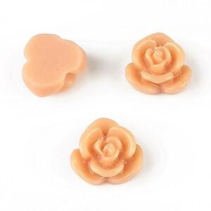 Cabochon rasina floare 15mm - caramel