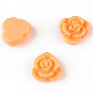 Cabochon rasina floare 15mm - portocaliu