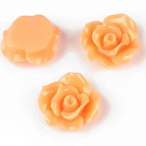 Cabochon rasina trandafir 19mm - portocaliu deschis