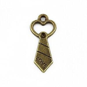 Charm bronz cravata LOVE 30x13mm