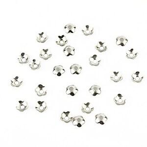 Capacele margele argintiu inchis 4mm (10 buc.)