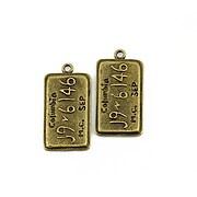 http://www.adalee.ro/20372-large/pandantiv-bronz-placuta-de-inmatriculare-columbia-31x16mm.jpg