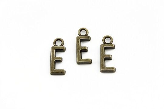 Charm bronz litera E 16x6mm