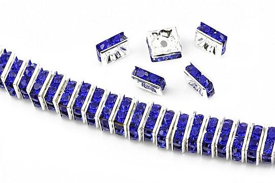 Distantiere argintii cu rhinestones albastru cobalt 8mm (patrate 3,5x8mm)