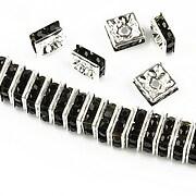 http://www.adalee.ro/22488-large/distantiere-argintii-cu-rhinestones-negre-8mm-patrate-35x8mm.jpg