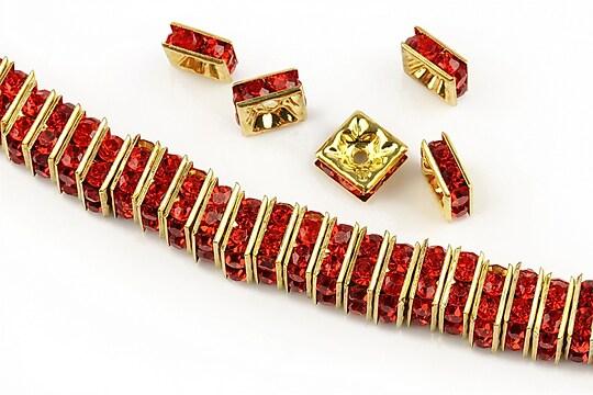 Distantiere aurii cu rhinestones rosii 8mm (patrate 3,5x8mm)