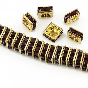 Distantiere aurii cu rhinestones grena 8mm (patrate 3,5x8mm)