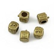 http://www.adalee.ro/22721-large/distantier-tip-pandora-fata-cu-zambet-bronz-10x8mm.jpg