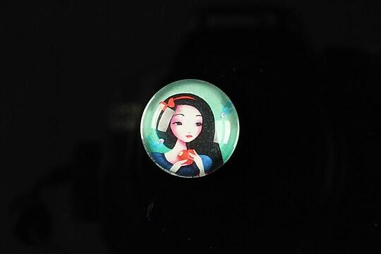 """Cabochon sticla 18mm """"Fairy tale"""" cod 068"""