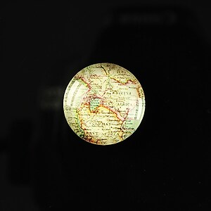 "Cabochon sticla 18mm ""Vintage world map"" cod 110"