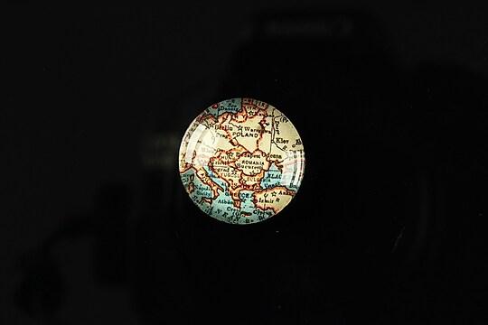 "Cabochon sticla 18mm ""Vintage world map"" cod 112"