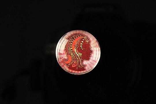 """Cabochon sticla 20mm """"Tribal zodiac"""" fecioara cod 174"""