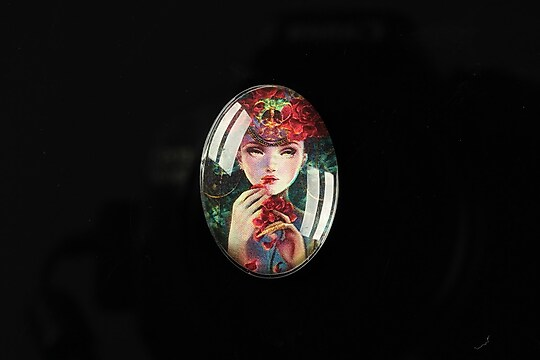 "Cabochon sticla 25x18mm ""Magic queen"" cod 180"