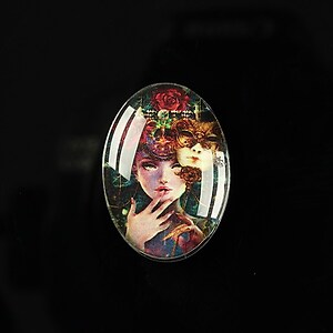 "Cabochon sticla 25x18mm ""Magic queen"" cod 181"