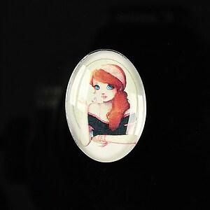 "Cabochon sticla 25x18mm ""Girl next door"" cod 183"