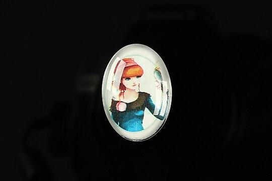 "Cabochon sticla 25x18mm ""Girl next door"" cod 184"