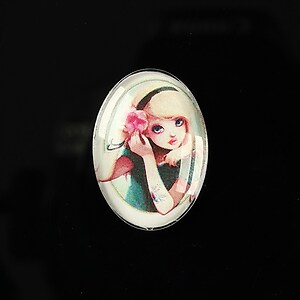 "Cabochon sticla 25x18mm ""Girl next door"" cod 186"