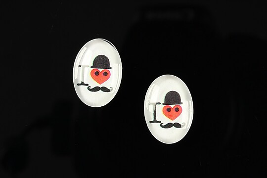 "Cabochon sticla 18x13mm ""Loving moustache"" cod 200"