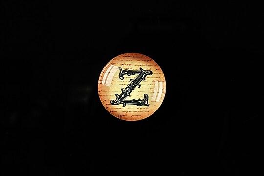 """Cabochon sticla 18mm """"Antique alphabet  - Z"""" cod 329"""