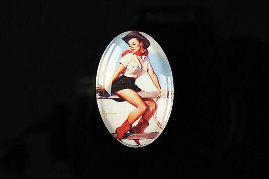 """Cabochon sticla 30x20mm """"Pin up girls"""" cod 275"""