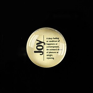 "Cabochon sticla 20mm ""Quotes about life - Joy"" cod 367"