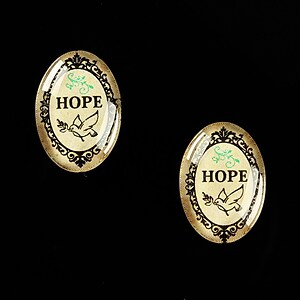 "Cabochon sticla 18x13mm ""All you need is HOPE"" cod 451"