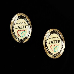 "Cabochon sticla 18x13mm ""All you need is FAITH"" cod 452"