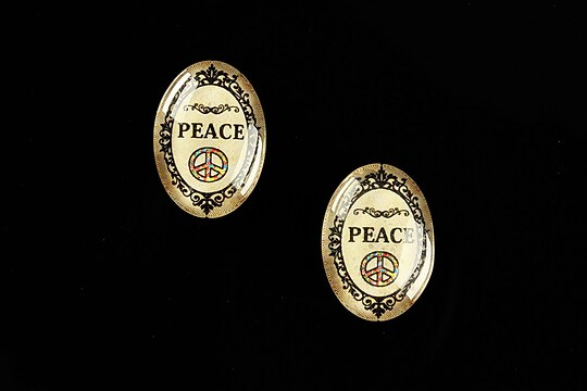"Cabochon sticla 18x13mm ""All you need is PEACE"" cod 453"