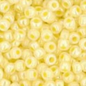 Margele Toho rotunde 11/0 - Ceylon Lemon Chiffon