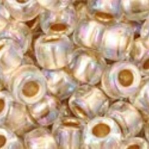 Margele Toho rotunde 6/0 - Gold-Lined Rainbow Crystal