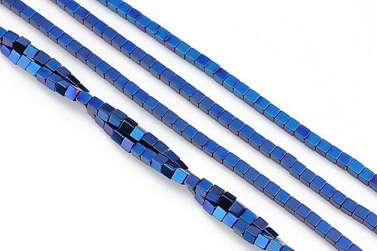 Hematit electroplacat cub 2mm - albastru