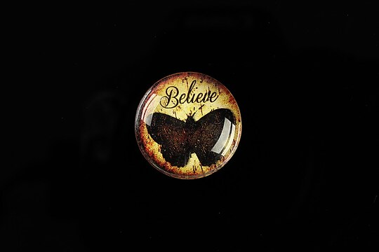 "Cabochon sticla 20mm ""Believe"" cod 555"
