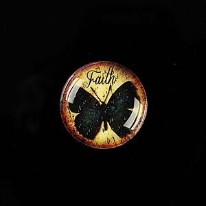"Cabochon sticla 20mm ""Faith"" cod 556"
