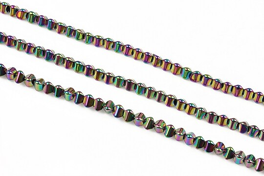 Hematit electroplacat triunghi 3mm - multicolor