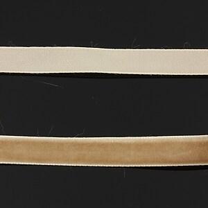 Panglica aspect catifea maro deschis, latime 1cm (50cm)