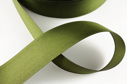 Panglica saten latime 2,5cm (1m) - verde militar