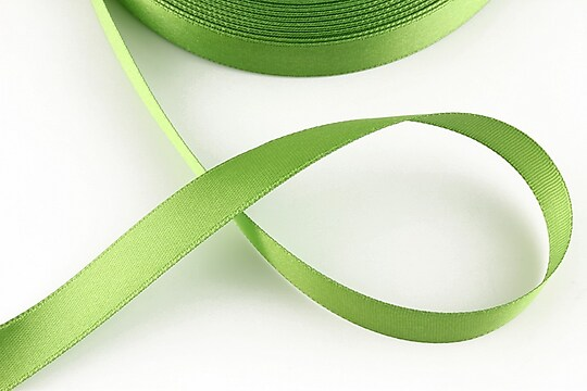 Panglica saten latime 1,4cm (1m) - verde deschis