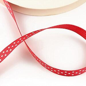 Panglica material textil rosie cu buline albe, latime 1cm (1m)