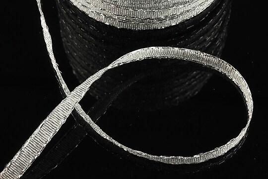 Panglica cu fir argintiu, latime 0,6cm (1m)