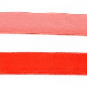 Panglica aspect catifea rosie, latime 2cm (1m)