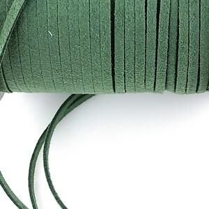 Snur suede (imitatie piele intoarsa) 3x1mm, verde-kaki (1m)