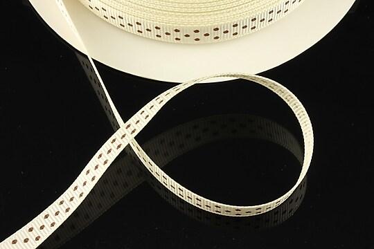 Panglica material textil crem cu buline maro, latime 1cm (1m)