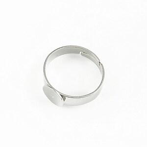 Baza de inel argintiu inchis, reglabila, cu platou 8mm