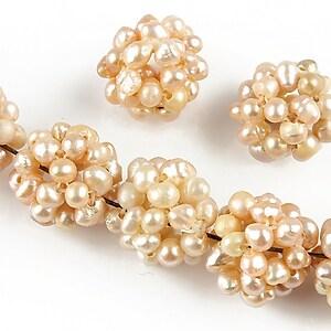 Bulgarasi 14mm formati din perle de cultura roz margele 4mm