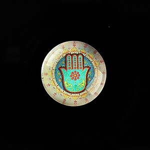 "Cabochon sticla 20mm ""Colorful Hamsa"" cod 712"