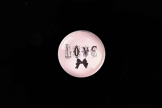 "Cabochon sticla 20mm ""LOVE"" cod 751"